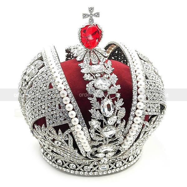 Копия императорской короны купить 1 евро монета фото